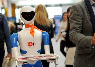 Robot Camarero Grupo ADD - Robots para Eventos