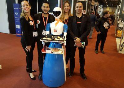 Grupo ADD - Robots, Realidad Virtual, y Hologramas para eventos- pk