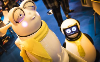 Operar con los simpáticos robots Dumy y REETI