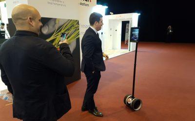 Qué es el Robot de Telepresencia Double de Double Robotics
