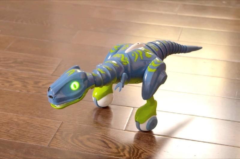 El Robot Zoomer Dino Jester Grupoadd Básicamente la idea se centra en un robot dinosaurio mascota que puedas controlar con un control remoto o desde una app en tu celular. el robot zoomer dino jester grupoadd